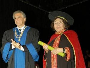 Η συγγραφέας Άλκη Ζέη Επίτιμη Διδάκτωρ του Πανεπιστημίου Κύπρου