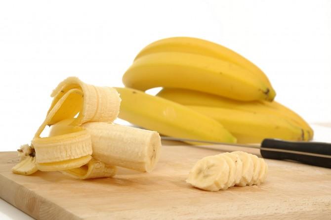 banana-670x445