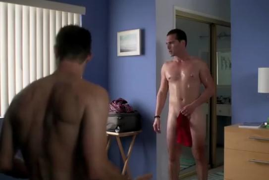 Ο Άνθιμος Ανανιάδης γυμνός σε gay ταινία (Βίντεο)