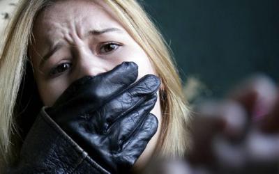 Ραδιοφωνικός παραγωγός καταδικάστηκε για σεξουαλικές επιθέσεις και βιασμούς ανηλίκων