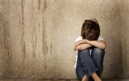 βιασμός αγοριού