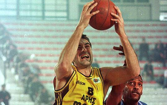 Πρώην μπασκετμπολίστας του Άρη συνελήφθη με 1,5 κιλό χασίς