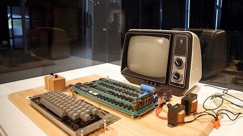 Apple-1: Πόσο πουλήθηκε ο πρώτος υπολογιστής που κατασκεύασε ο Jobs;