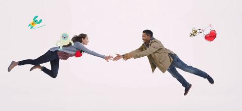 Νέα διαφήμιση του Facebook λέει: Πείτε σ' αγαπώ «καλύτερα» μέσω Messenger