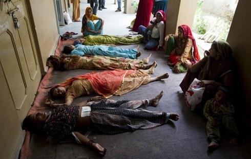 Ινδία: Πρόγραμμα μαζικής στείρωσης σε γυναίκες – 13 νεκρές, δεκάδες σε κρίσιμη κατάσταση