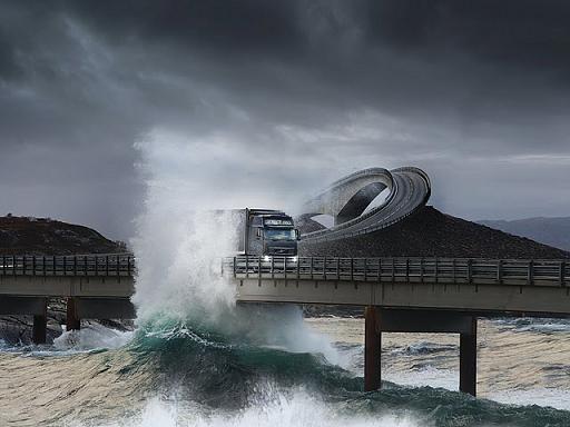 Αυτός είναι ο πιο επικίνδυνος δρόμος του κόσμου (Εικόνες – Βίντεο)