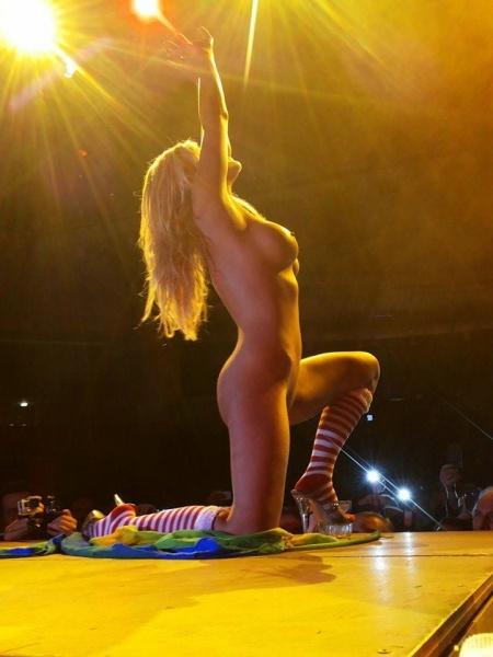 A Real SexStory: Το RoadStory.gr στο Athena Erotic Art 2014 (Εικόνες)