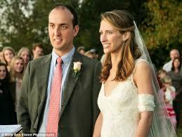 Παντρεύτηκε έχοντας μόνο έναν μήνα ζωής