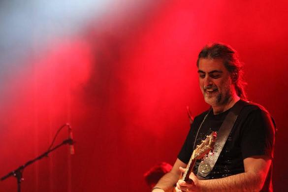 «Acoustic», Ο Φίλιππος Πλιάτσικας στο Παλλάς στις 24 Μαρτίου