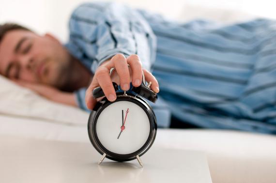 Έρευνα: Πόσες ώρες ύπνου χρειαζόμαστε σε κάθε ηλικία