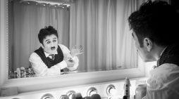 Ο «Τσάρλι Τσάπλιν» με τον Θανάση Τσαλταμπάση στο Θέατρο Ακροπόλ